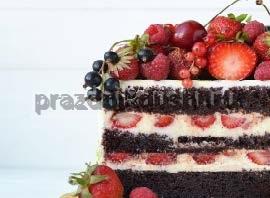 Торт Ванильный или шоколадный с ягодами