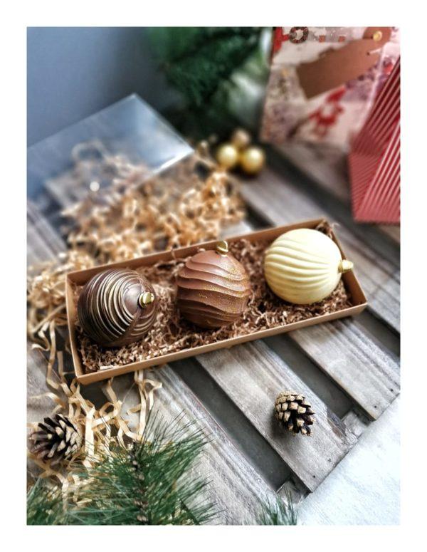 Набор елочных игрушек из шоколада с начинкой. 3 шт.